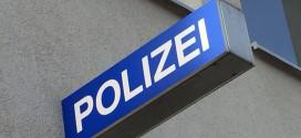 Polizeibeamter bei Fahrzeugkontrolle angefahren